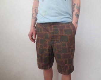 RESERVED!!! Vintage '50s/'60s Men's Super Thin Cotton Print Shorts, Hawaiian Tiki Print / Backyard BBQ Shorts! 35/36 Inch Waist