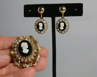 Vintage Coro Cameo Brooch Earrings Rhinestone Faux Pearl Gold Tone Screw On Excellent Condition GallivantsVintage