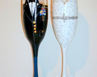 Bride and Groom Wedding Dress and Army Uniform Hand Painted Set of 2 / 6 oz. Champagne Flutes,Toasting Flutes,Wedding Painted Glasses