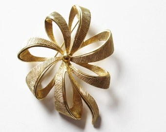 Monet Gold Tone Ribbon Bow Pin Vintage Designer Jewelry Gift for Her