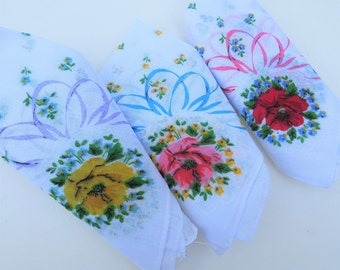 Vintage Hankies | Ladies Handkerchiefs | Bridal Hanky | Purse Accessories | Rose Handkerchiefs