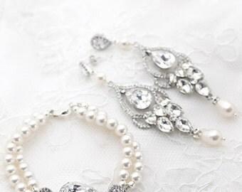 Pearl Bridal Earrings and Bracelet Set, Statement Earrings and Bracelet, Vintage Style Wedding Jewelry, Wedding Pearl Jewelry Set Crystal