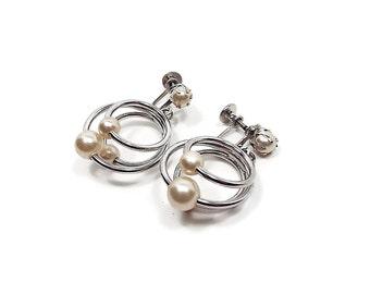 Faux Pearl Vintage Screw Back Earrings Golden Off White Silver Tone Hoop Drop Dangle Retro Womens