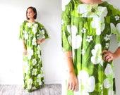 Vintage 70's maxi dress // green Hawaiian tropical floral maxi dress // floral vacation dress // long 1960's 1970's dress maxi dress modest