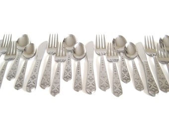 "1847 Rogers ""Pueblo"" Complete Flatware Set, Service for 4, Stainless Steel Korea, Southwestern Kitchen"