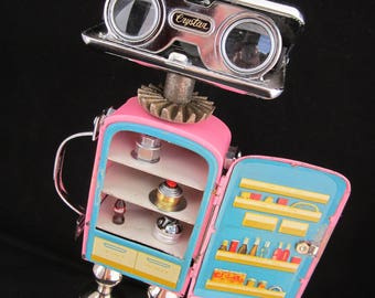 Queen of the Kitchen Bot - found object robot sculpture assemblage by Cheri Kudja with Bitti Bots
