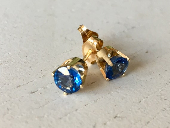 Bright Blue Sapphire Earrings 14k Gold