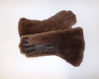 Vintage 1970s ladies natural brown sheared real rabbit fur gloves gauntlets leather palms by Dents sheepskin lined
