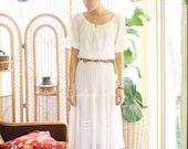 70s Bohemian Peasant Dress, White off-shoulder boho midi dress, Small Medium 4118