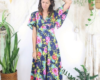 Bohemian 70s 'Stevie Nicks' Dress, Handkerchief hem Angel sleeves Vintage Midi Dress, Small Medium 4127