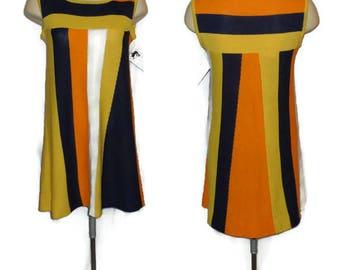 Vintage 1960s 70s Minidress Multicolor Bright Knit Minidress Orange Yellow Blue Mod Boho Trapeze Dress Groovy M L chest to 40 in