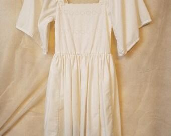Girls M L Medium Large Vintage 80s Cotton huge angel Sleeve Princess Spring Summer Sleeve Bow Garden Party Midi Dress easter christening