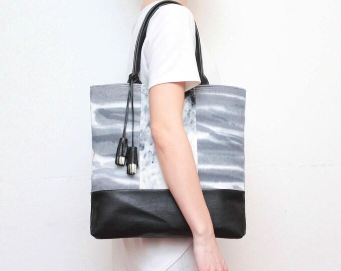 Dyed cotton tote bag. Leather tote. Large shoulder bag. Shopping bag. Hand colored fabric. Natural leather tassel. Black bag. /BASIC 9