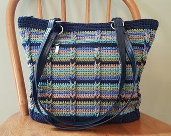 Crochet Shoulder Bag Navy Blue Khaki Green Lined Pockets Zipper Crochet Purse