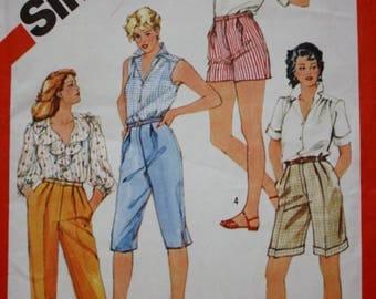 Simplicity 5943 Capris Pattern / Pants /  Shorts / Size 20 1/2, 22 1/2, 24 1/2, Plus Size/ 1980s Vintage Sewing Pattern