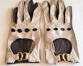 Women's Leather Driving Gloves, Buckle Driving Gloves, Size 7, Taupe and Brown Gloves, Vintage Fashion Great Find