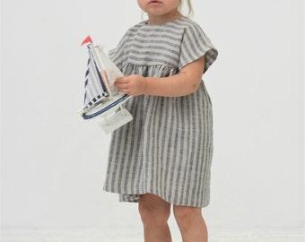Baby girl dress Todler girl linen dress Navy striped dress Nautical party dress Baby girl tunic dress 1st Birthday dress Beach party dress