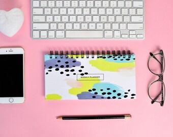 Weekly Planner 2017 | 53 weeks | Abstract design
