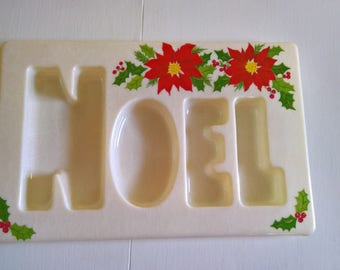 Retro Noel Snack Tray --- Vintage 1960's Christmas Holiday Festive Home Decor --- Winter Wonderland Party Decoration Food Serving North Pole