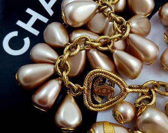 Vintage Authentic CHANEL Pearl Necklace Pearl Bracelet Set Champagne Pearls Gripoix Baroque Pearls CC Logo Haute Couture Bride Wedding Party