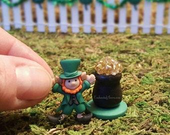 Irish Fairy Garden Leprechaun & Pot o' Gold - Saint Patrick's Day Miniature Supplies Fairy Garden Accessories Celtic Gnome Elf Dollhouse