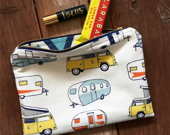 Camper Zipper Pouch /  Vintage Camper Zipper Bag