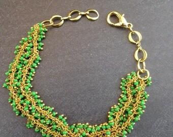 Green Cluster Bracelet - Seed Bead Bracelet - Gold Bracelet - Beaded Bracelet - dangle bracelet - Green Bracelet - Green Fringe