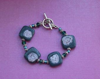 Dark green bracelet, green pearl bracelet, handmade gift for her, floral bracelet, beaded bracelet, womens bracelet, womens jewelry gift