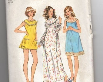 5030 Simplicity Sewing Pattern Shortie or Long Nightgown Choice Length Sleeves Size 12 14 Vintage 1970s 34B 36B