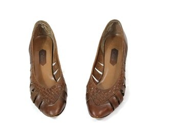 1970s Woven Leather Wedges / 70s Pointed Toe Shoes Leather Size 7