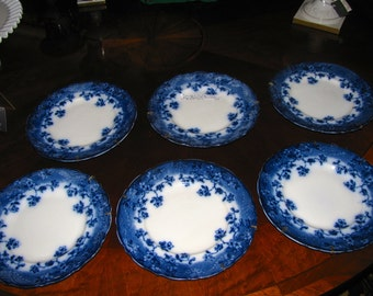 Beautiful Antique Set 6 Flow Blue Plates Brunswick Pattern