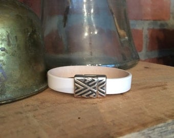 Leather Bracelet - White with Antiqued Silver Chevron Funky Clasp - Handcrafted
