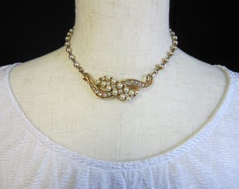 Stunning Vintage Rhinestone and Faux Pearl Necklace