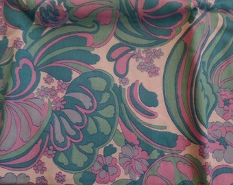 Vintage Upholstery Fabric, Aqua and Pink, Retro Remnants / Scraps/ Pieces for Chair, Stool, Cushion/ Pillow 1960s Large Print Seat Cover