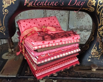 "Fabric: FAT QUARTER 14 pc. Bundle ""Sweet Valentine""- Sampler Fabrics from Moda"
