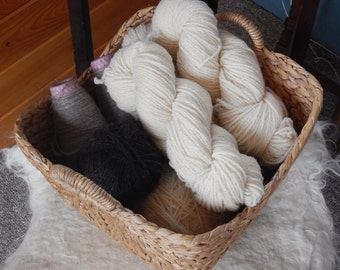 DK -Light Worsted Wool 2 Ply Yarn - Clun Forest Wool