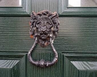 Lion Door Knocker, Vintage Metal 1910s Lion Head Door Knocker, Edwardian Door Knocker, Animal Door Knockers, Home Decor, Salvage, Brass Knob