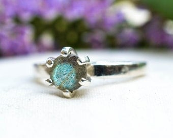 Natural Brilliant Cut Labradorite Ring with 925 Sterling Silver *Free Worldwide Shipping*