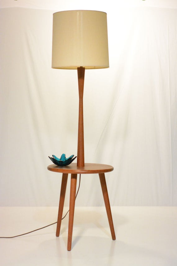Mid century teak floor lamp with tripod table base for Tripod spotlight floor lamp in teak wood