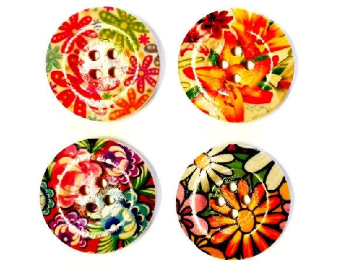 4 x 30mm Multicoloured 4 flower wooden buttons PACK 9