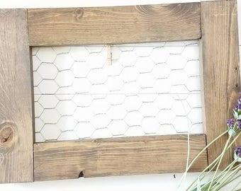 Farmhouse Decor - Picture Frame - Chicken Wire - Rustic Picture Frame - Cottage Decor - Farmhouse Decor - Jewelry Display