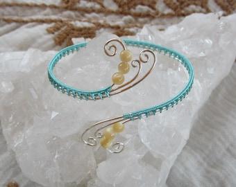 Teal Rainbow Bracelet || Pearl Silver Wire Wrap Bracelet || Crystal Healing Jewelry