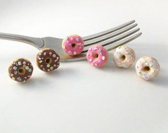Donut Earrings,Sprinkled Donuts,Donut Jewelry,Miniature Food,Food Jewelry,Food Earrings,Chocolate Doughnuts,Doughnut Earrings,Gifts for Her