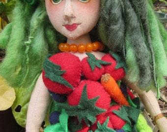 OOAK cloth doll, Organic Shopper