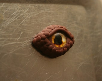 Brown Dragon Eye Magnet