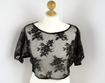Black Rose Lace Loose Crop Top