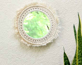 Round mirror Shabby chic mirror Wall mirror Round mirror wall Modern Macrame White mirror Decorative wall mirror Hanging macrame mirror