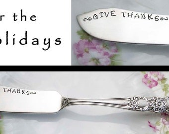 Stamped Spreader Give Thanks, Vintage Master Butter Knife, Engraved Silverware Jelly Cheese Knife Holiday Table Gifts Under 15