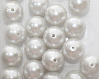 White, Chunky Beads,  Acrylic Round Beads, DIY, Necklace - 19mm - 26ct - #736