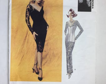 Vintage 90's Vogue Attitudes 1050 Badgley Mischka Misses' Tapered, Fitted Dress Pattern Sizes 6,8,10 Uncut Dated 1992